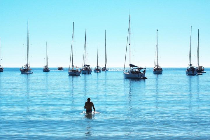 L'île de beauté entre amis à bord d'un voilier privatisé!