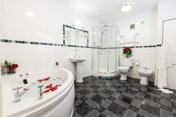 1306-Kingfisher-Apartments-070-900x600