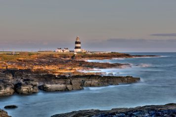 hook-head-lighthouse-and-cliff-of-wexford-county-ireland-621509120-5942ba1d5f9b58d58a5bc369